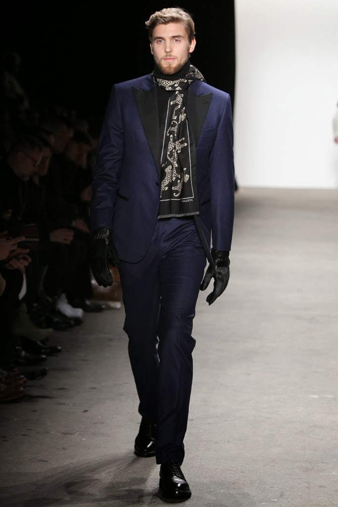 CONR K. (MAJOR MODEL MANAGEMENT) PARA OVADIA & SONS F/W 2014 1 CONR K. (MAJOR MODEL MANAGEMENT) PARA OVADIA & SONS F/W 2014