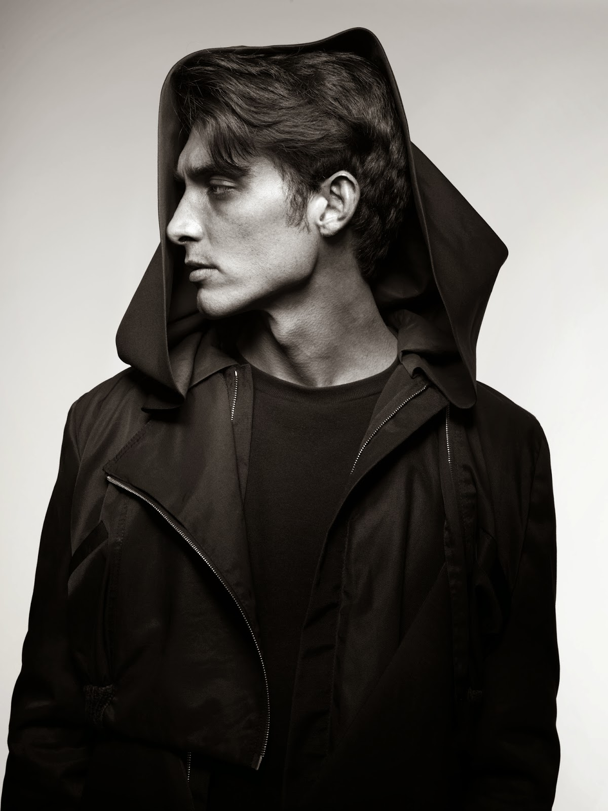 STEVEN K. (MAJOR MODEL MANAGEMENT) POR TREVOR MANSFIELD 2 STEVEN K. (MAJOR MODEL MANAGEMENT) POR TREVOR MANSFIELD