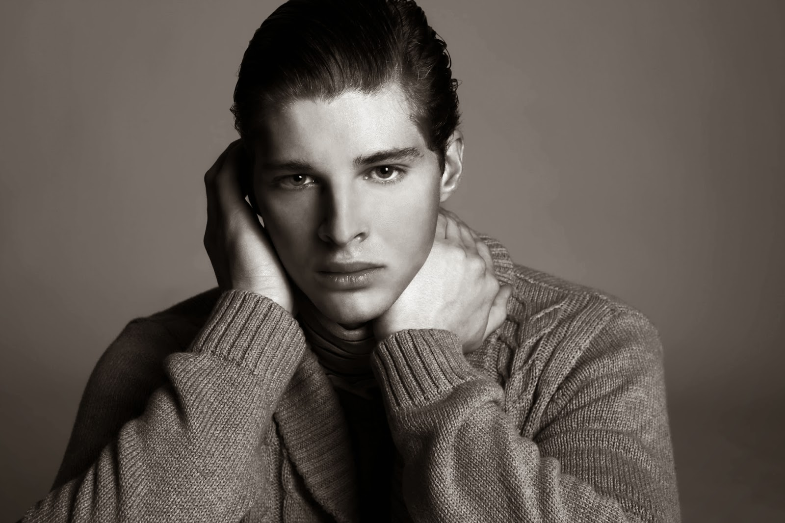 SPENCER B. (MAJOR MODEL MANAGEMENT) POR AIDAN YEOH 2 SPENCER B. (MAJOR MODEL MANAGEMENT) POR AIDAN YEOH
